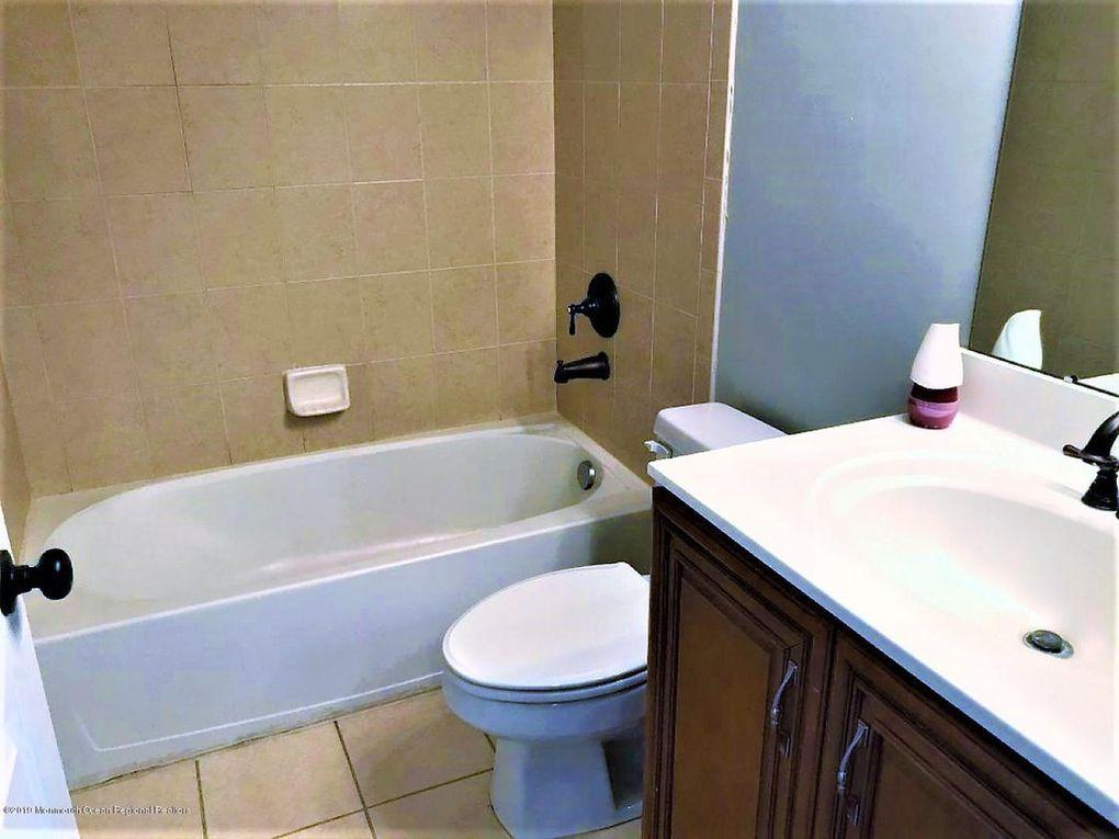 hall-bathroom